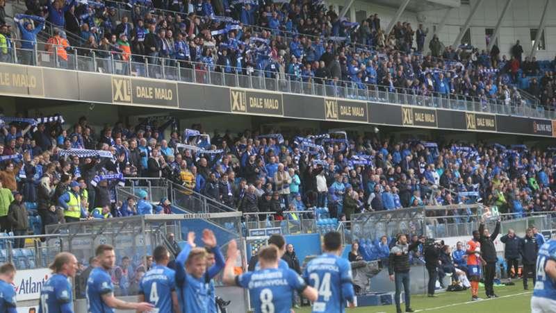 Molde FK - AaFK 1-0 publikum sørsida