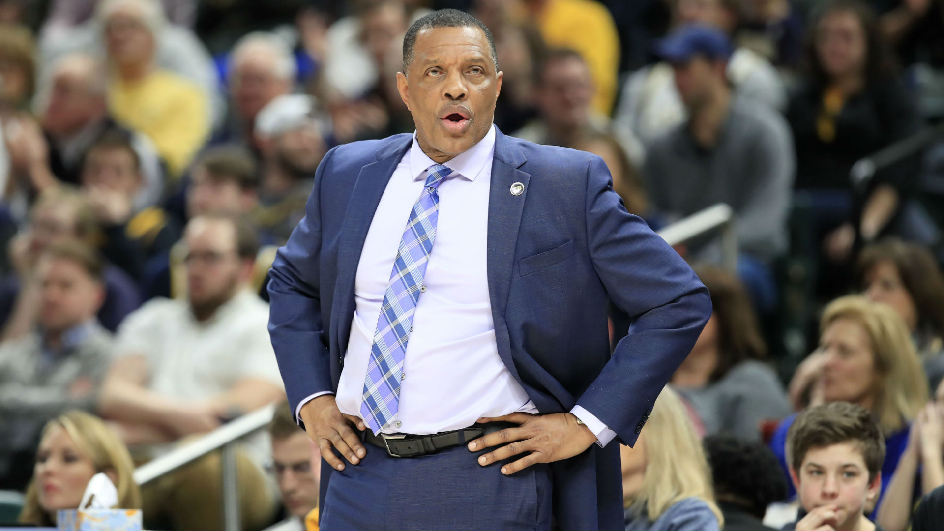 Pelicans pick up Gentry's option