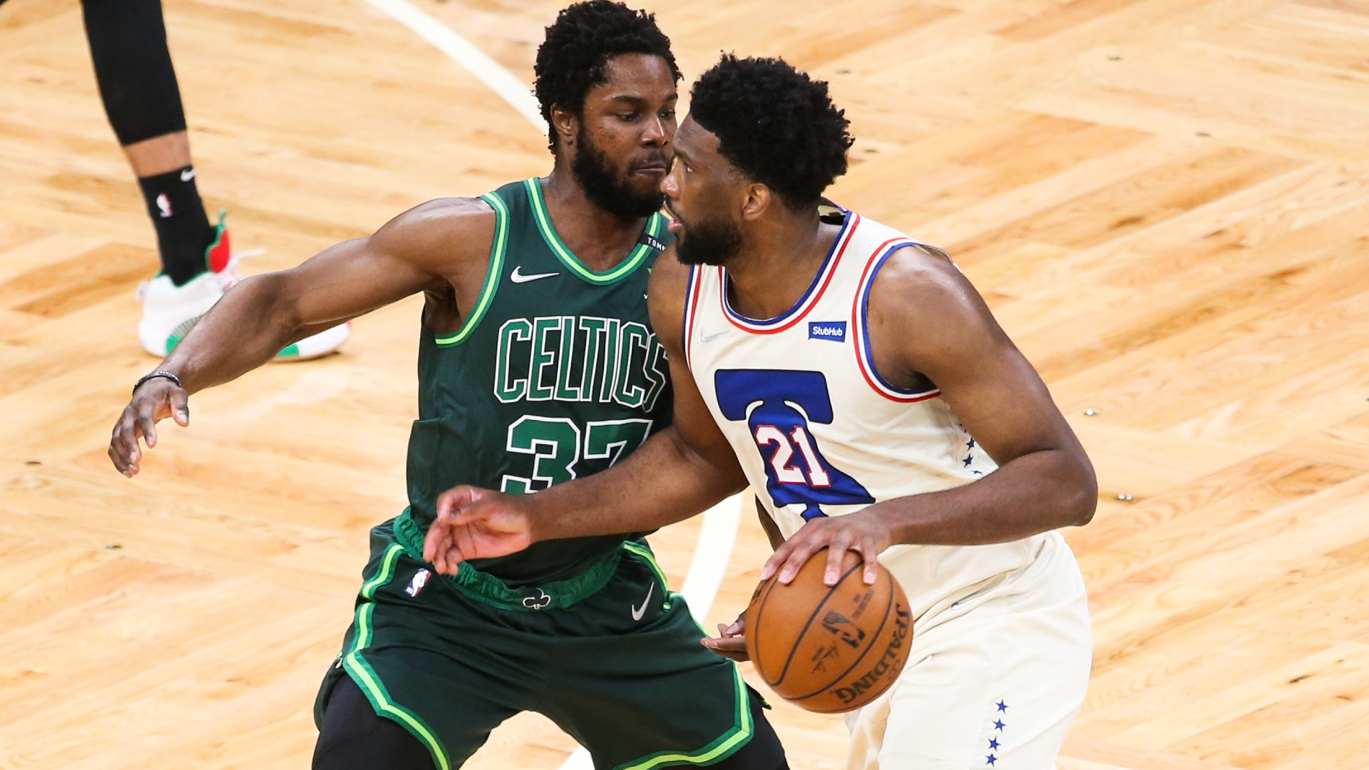 Philadelphia 76ers All-Star Joel Embiid was too hot to handle in Boston, while Stephen Curry fuelled the Golden State Warriors.