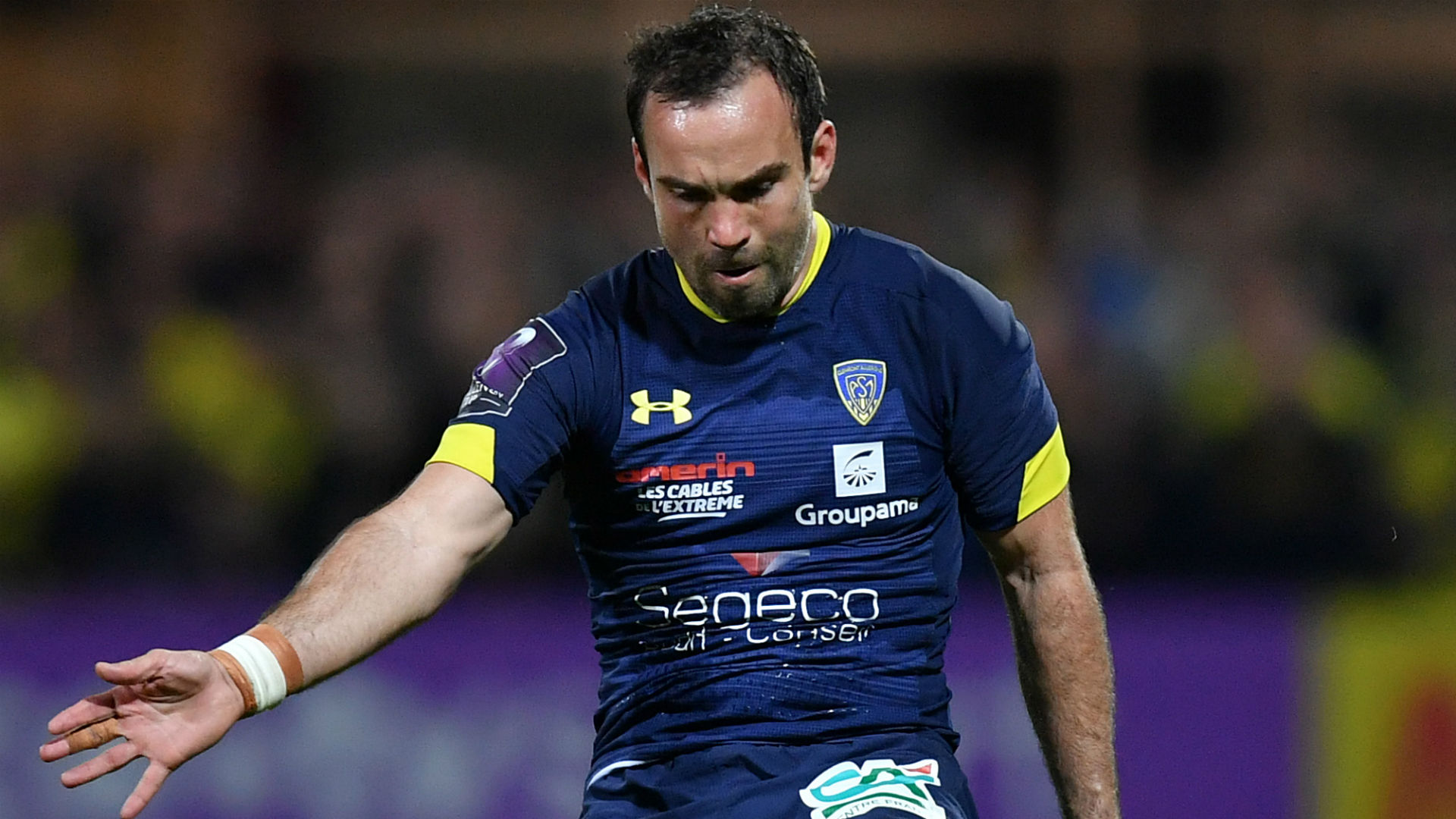 Clermont hold off Harlequins