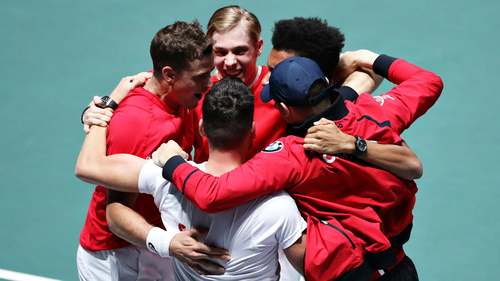A pulsating tie went the way of Canada, who defeated Russia to ensure they will contest the Davis Cup final for the first time.