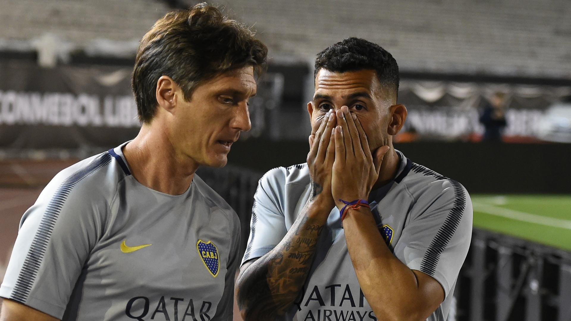 Tevez on Boca bench for Copa final