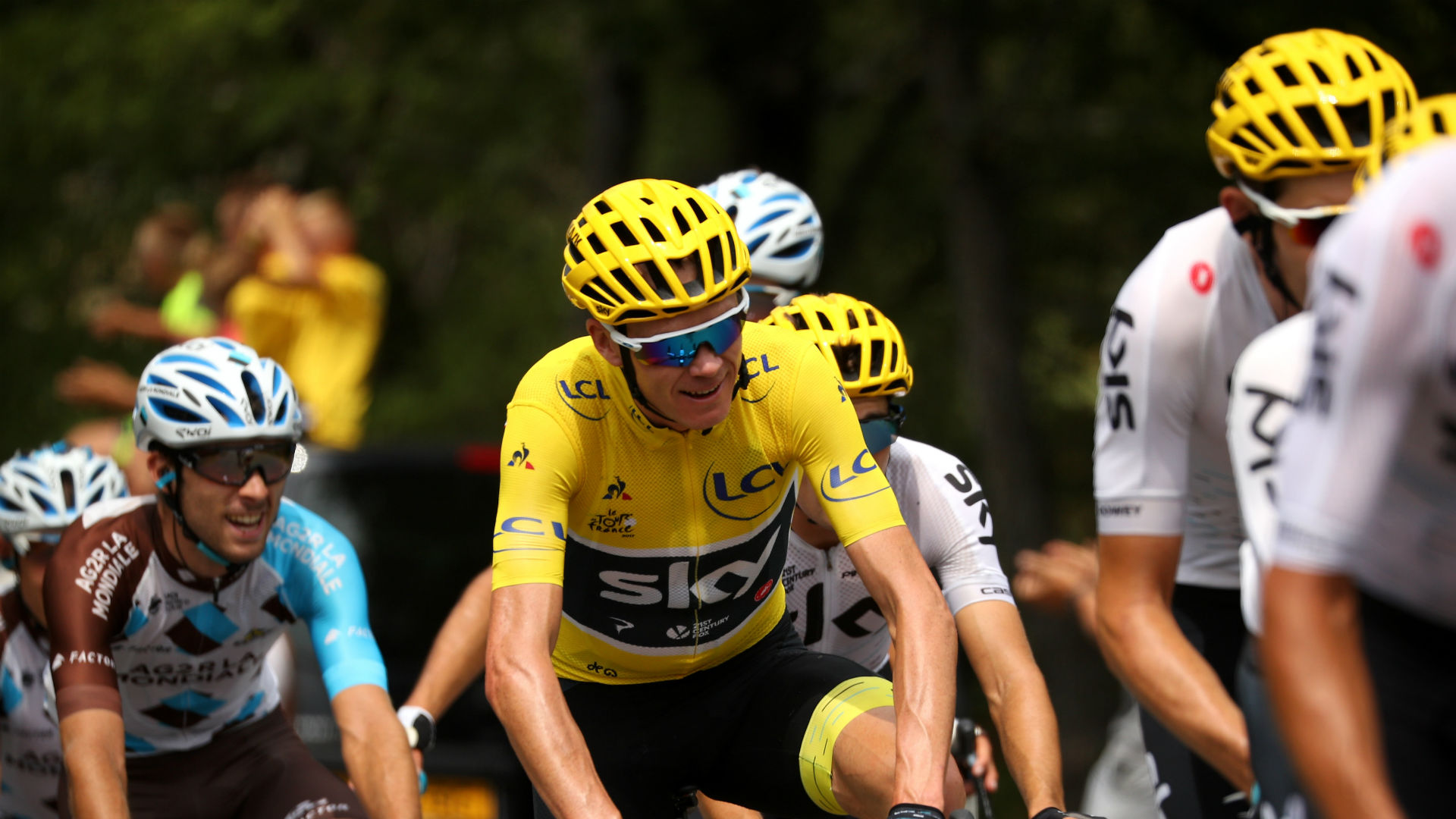 Chris Froome should forget about the Giro-Tour double and concentrate on winning a fifth yellow jersey, according to Fabian Cancellara.