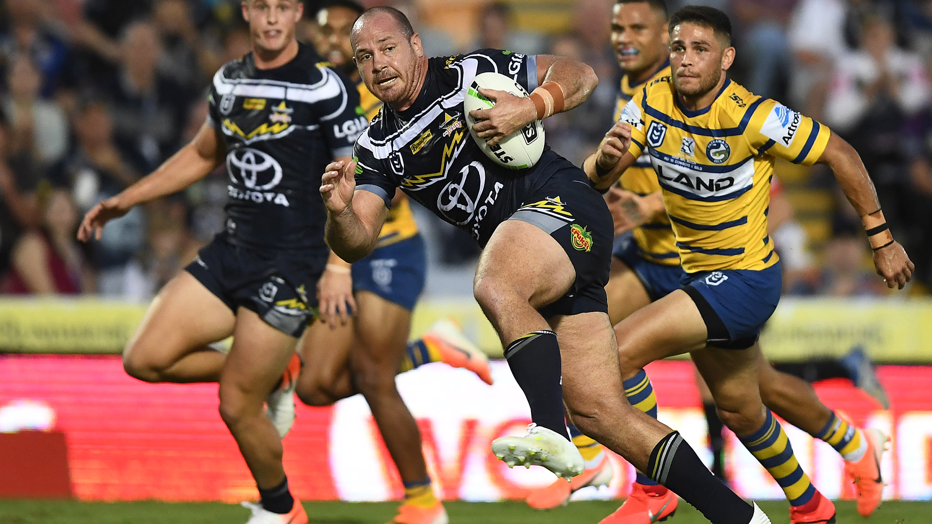 Matt Scott will retire at the end of the season after 16 NRL campaigns with the North Queensland Cowboys.