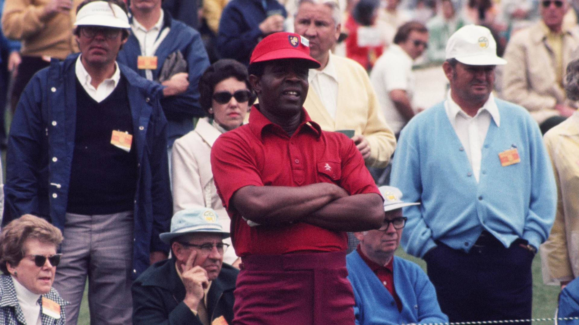 In news welcomed by Tiger Woods, Augusta has honoured Lee Elder, who will now return to the Masters next year.