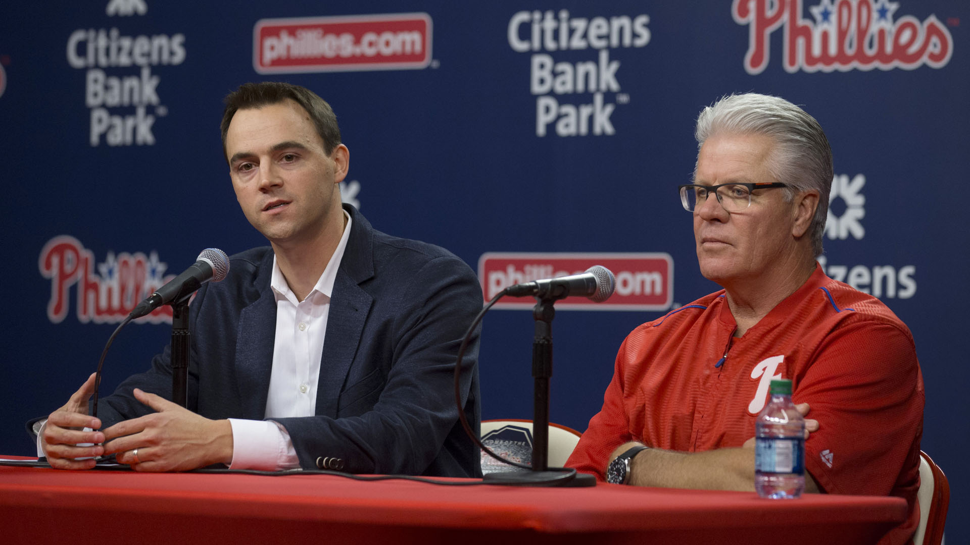 Phillies in on 3 free agents