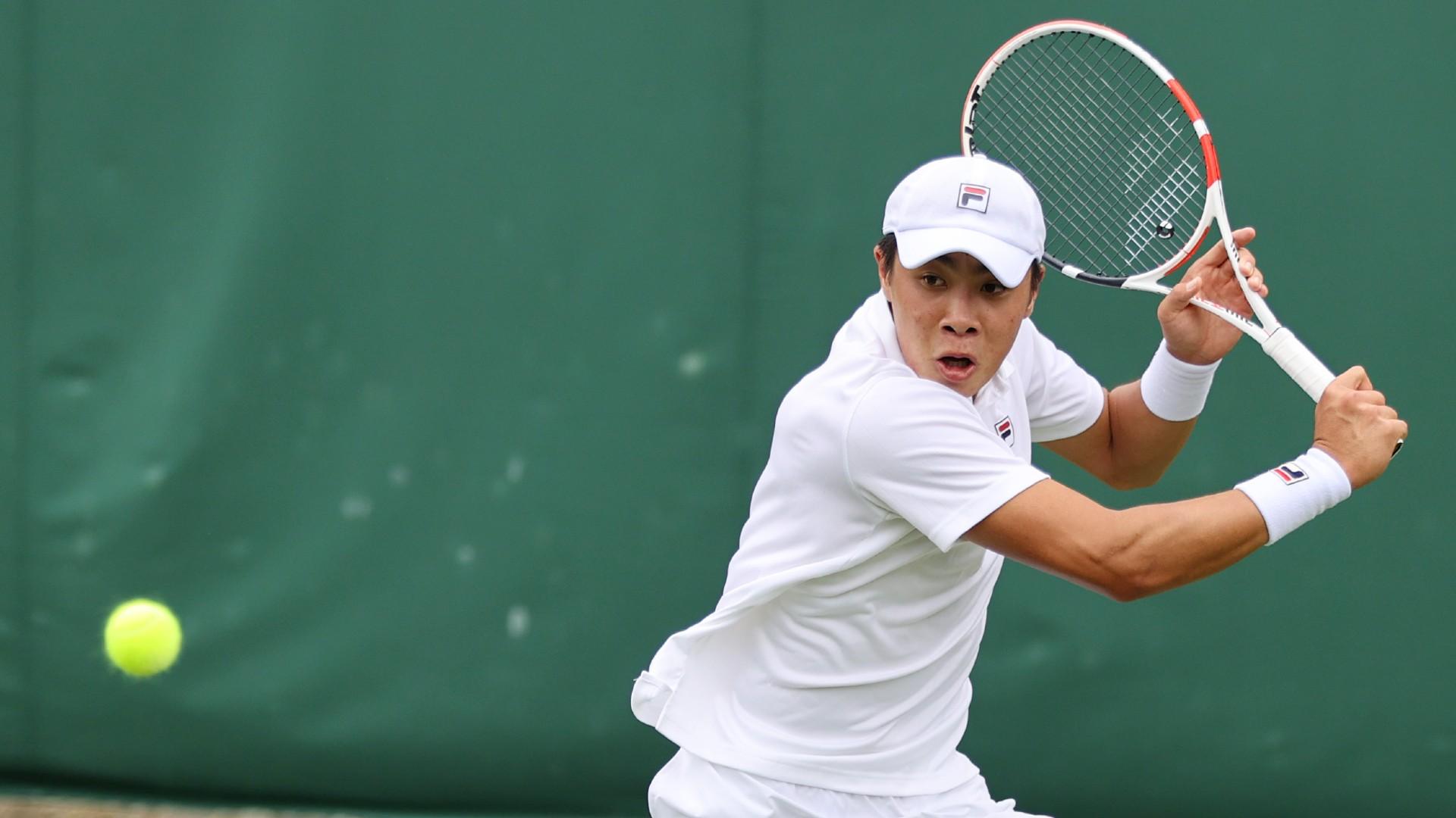 Young American Brandon Nakashima continued a run of upsets, beating top seed Milos Raonic at the Atlanta Open.