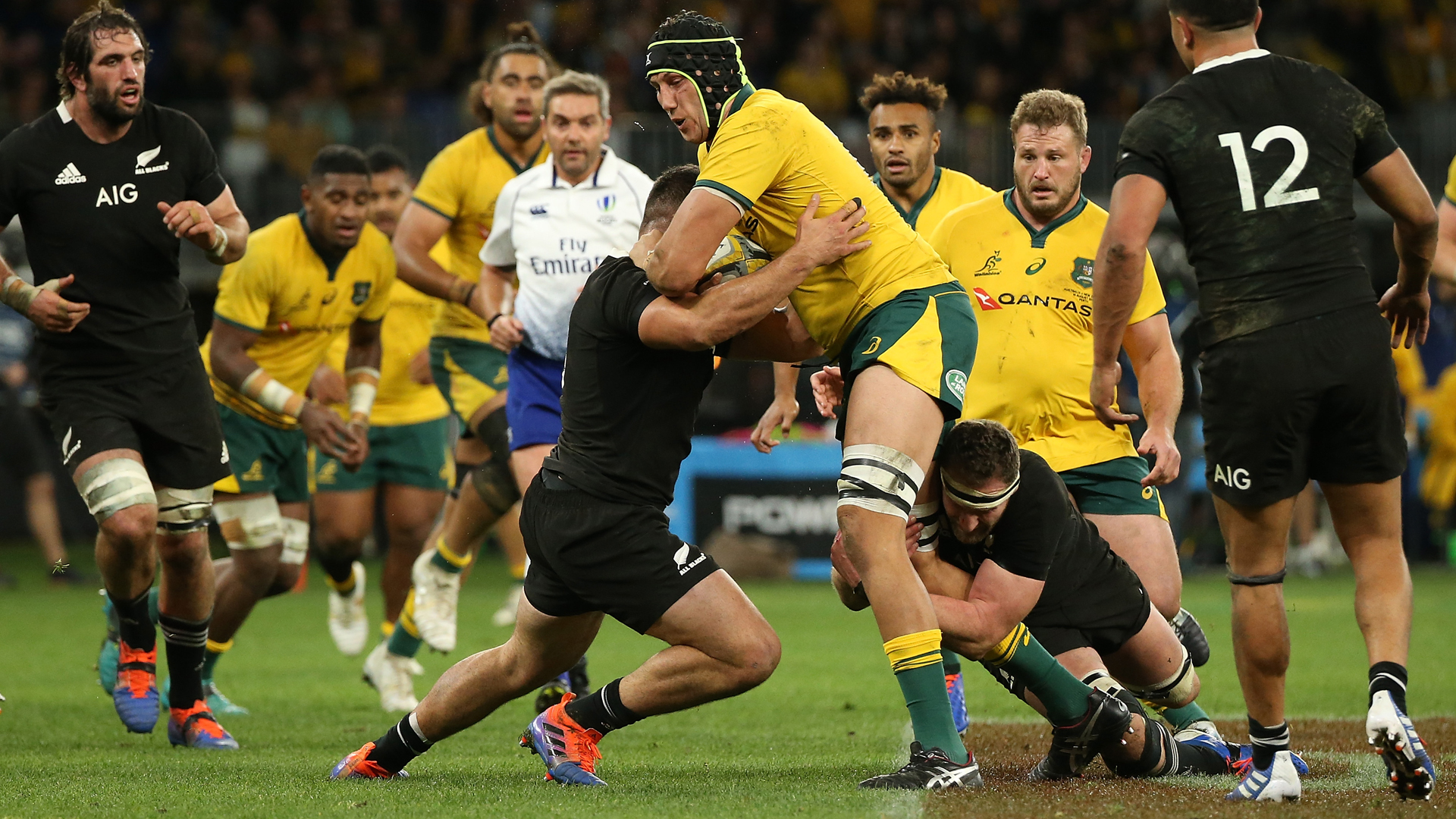 Australia have made one change to their starting team to face the All Blacks, with Adam Coleman replacing Rory Arnold.