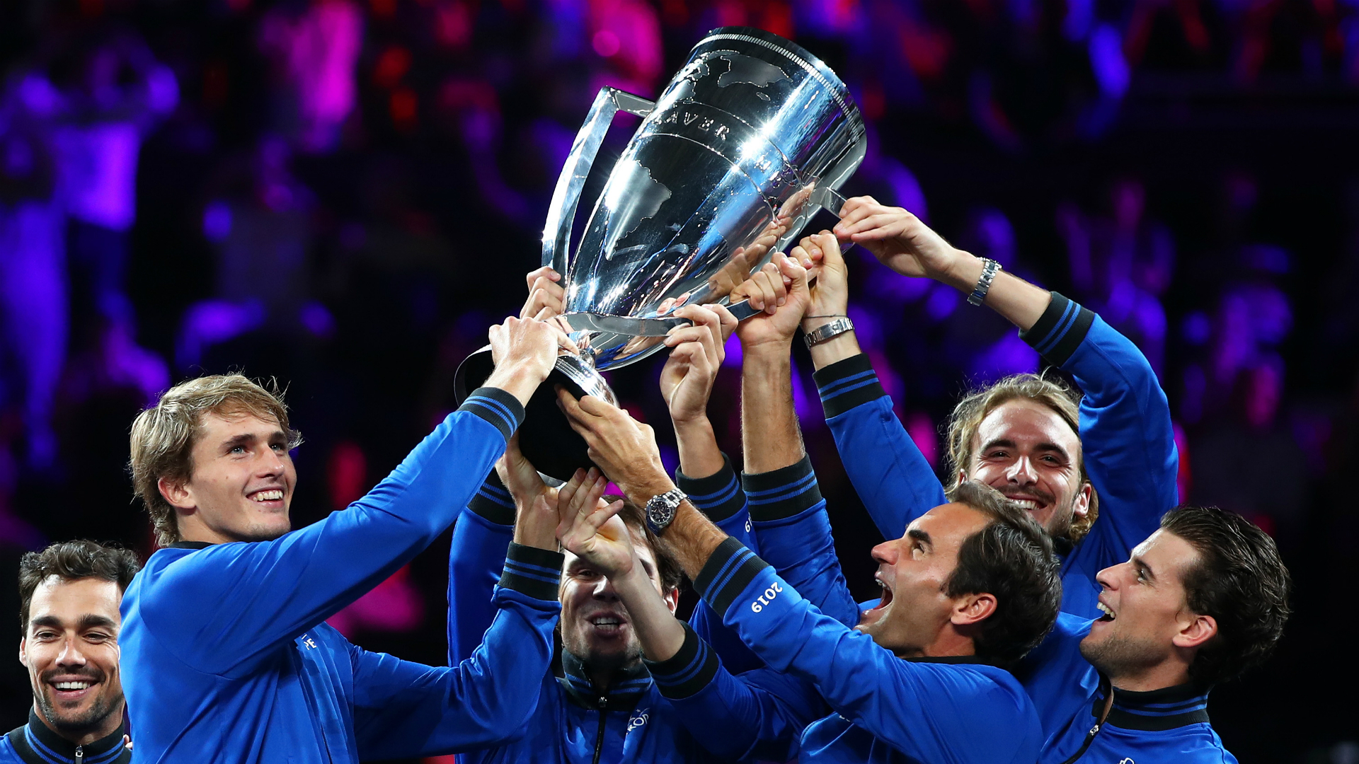 Roger Federer and Alexander Zverev scored vital singles wins as Team Europe roared back to beat Team World at the Laver Cup in Geneva.