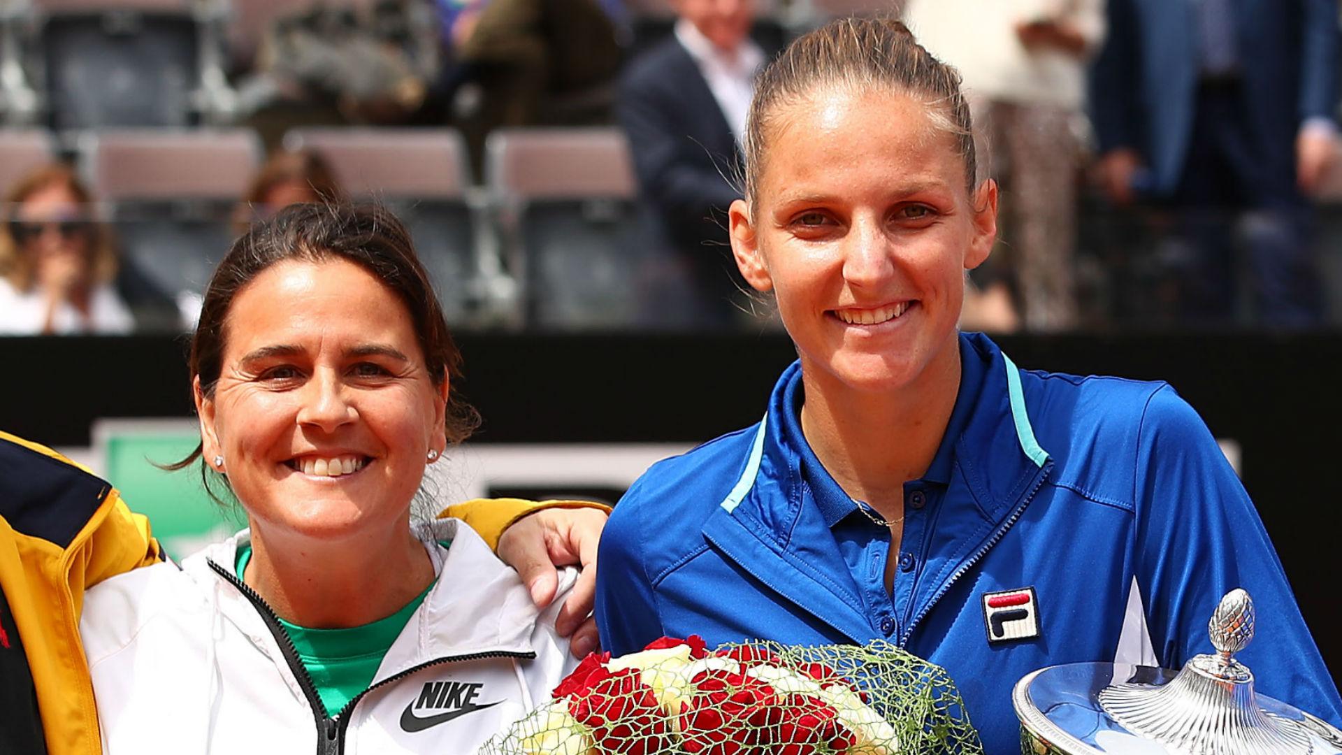 Former Wimbledon champion Conchita Martinez will no longer be Karolina Pliskova's coach, the world number two has announced.
