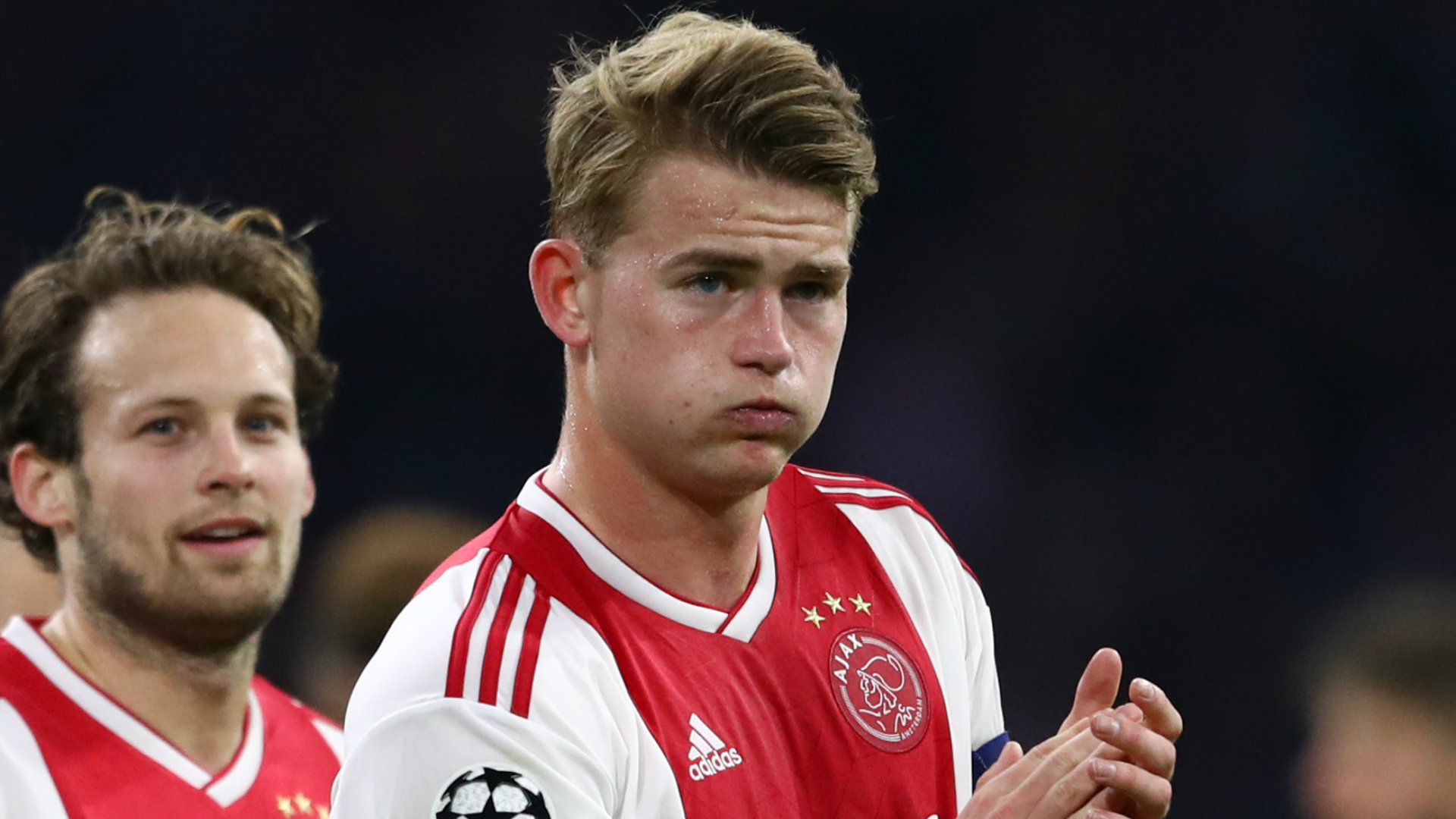 Matthijs de Ligt still does not understand where a story about Manchester United not wanting to sign him because of weight issues came from.