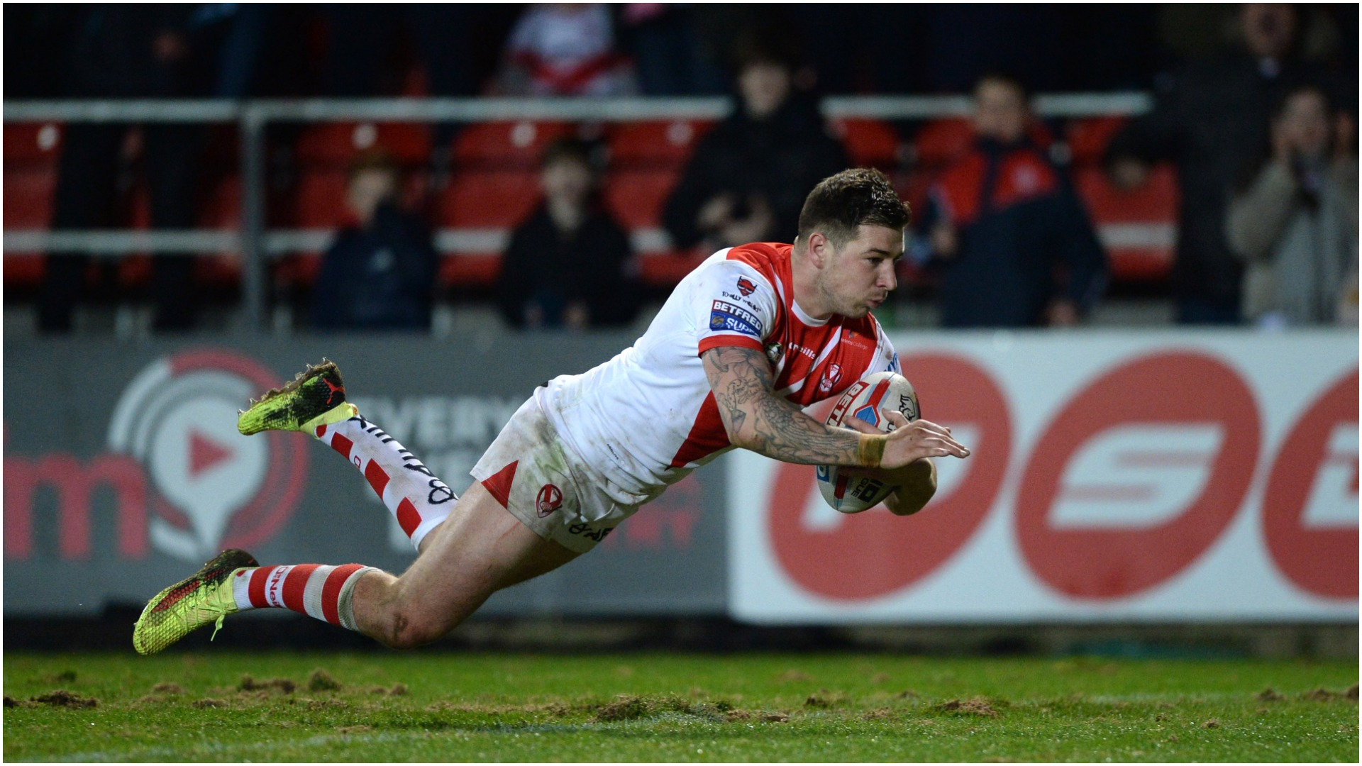An entirely one-sided second half saw St Helens make it six wins from six in Super League this season.
