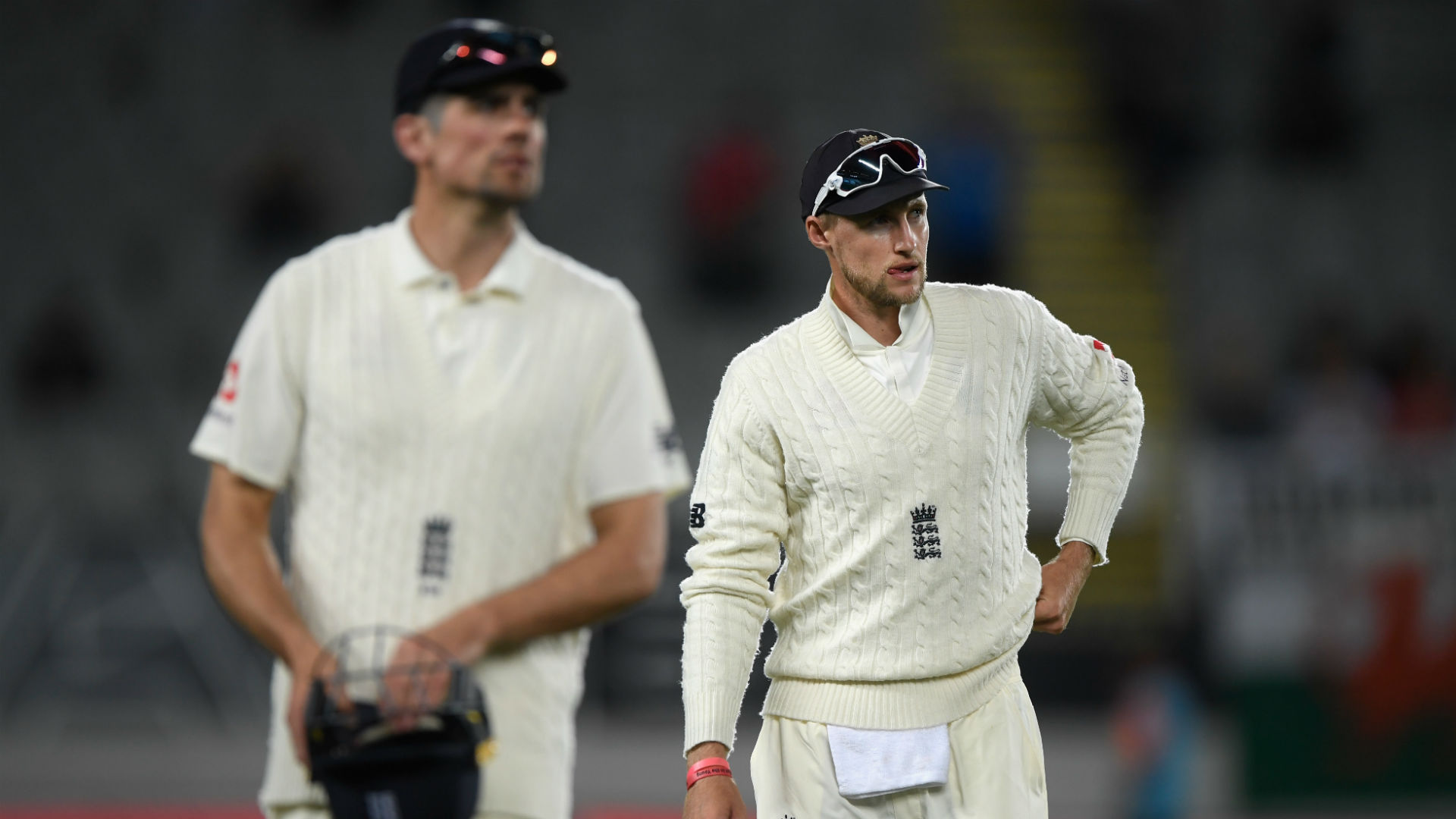 England sink to new low
