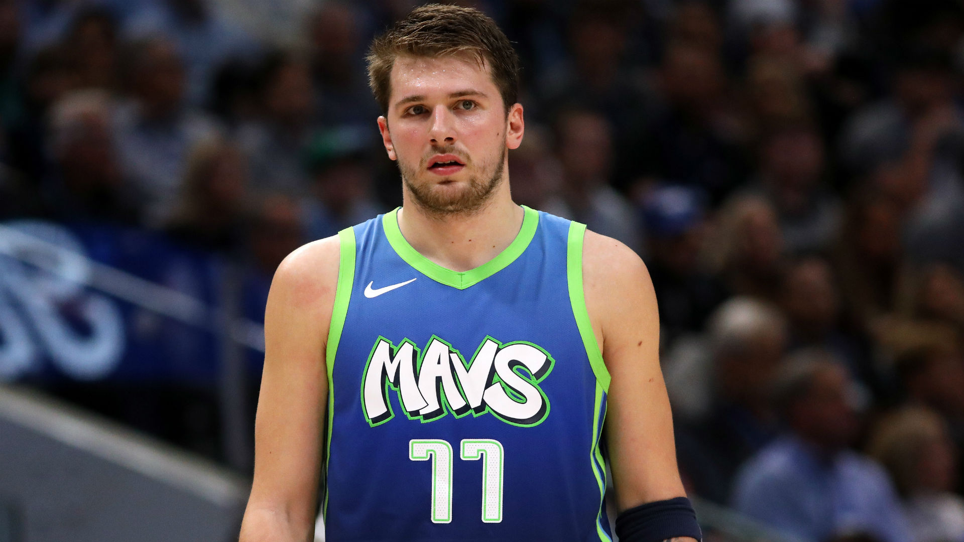The Dallas Mavericks improved to 12-6 after Luka Doncic scored 42 points to cap a remarkable November for the second-year star.