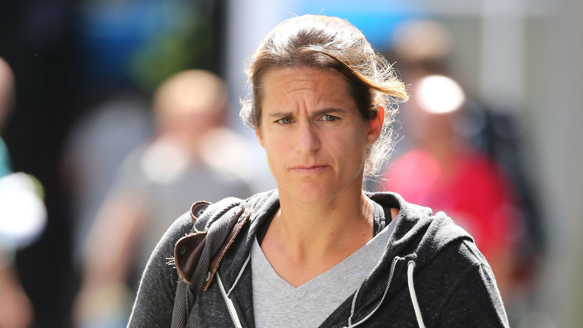 Mauresmo gives up Davis Cup role