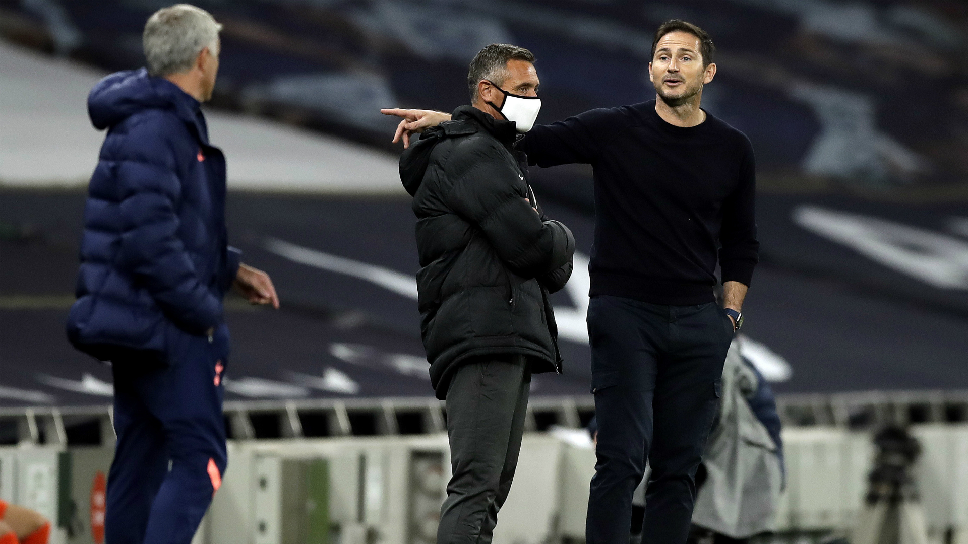Lampard and Mourinho discuss spat