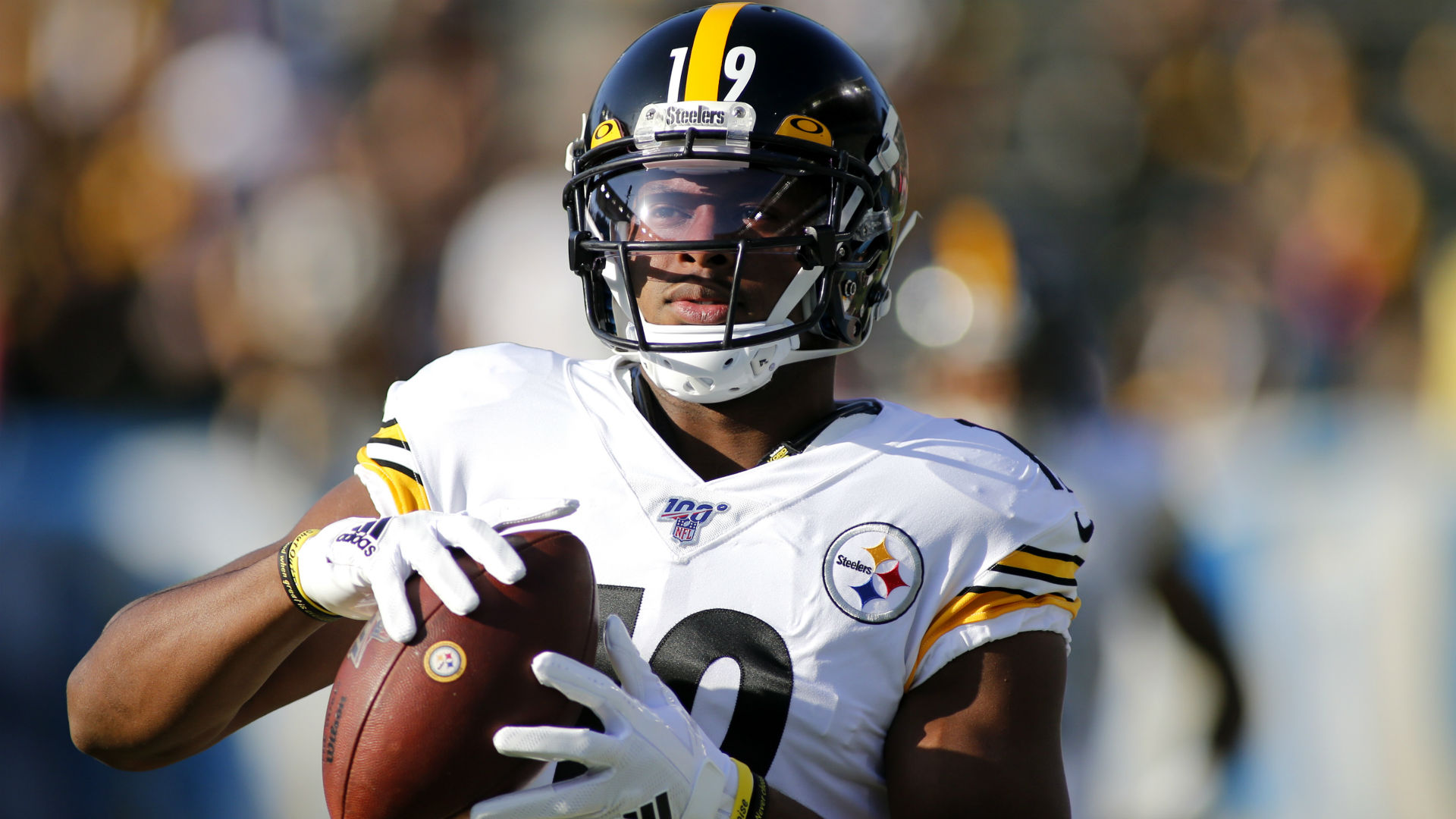 James Conner and JuJu Smith-Schuster will not play against the Cincinnati Bengals on Sunday, but Diontae Johnson is set to feature.