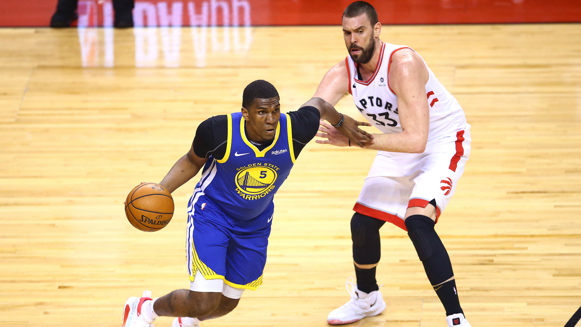 """Kevon Looney told reporters he """"should be able to play"""" against the Toronto Raptors at Oracle Arena on Thursday."""