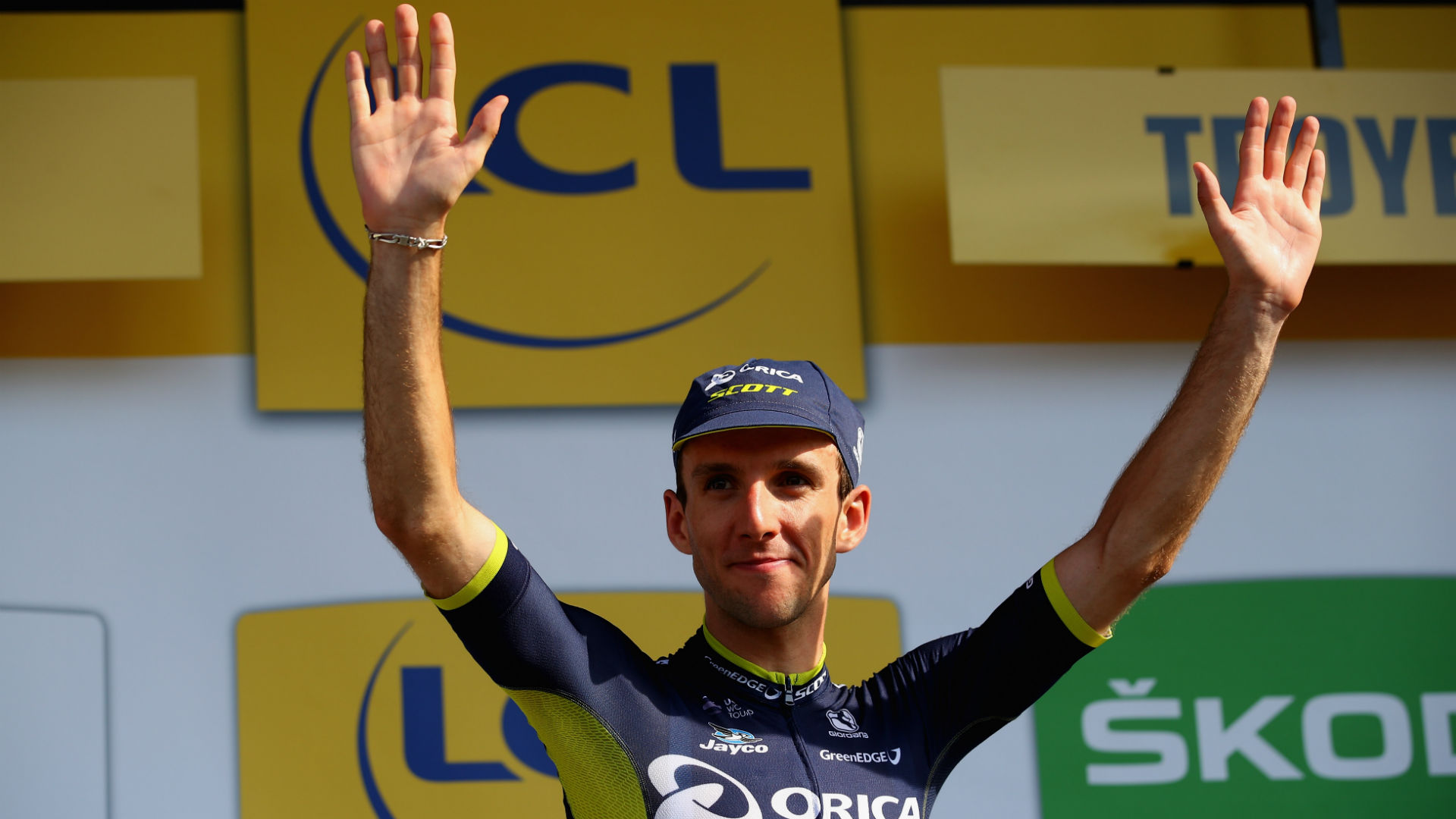 Given an opportunity to claim a stage victory on the Tour de France, Simon Yates broke free from his support role to sprint for the line.