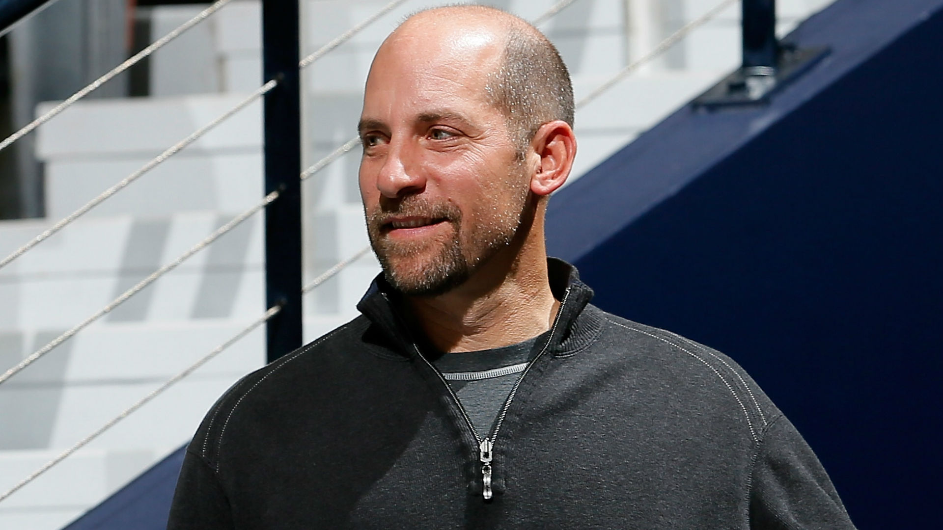 Smoltz will tee off at 9:21 a.m. ET Thursday with Jim McGovern and Bob Ford at The Broadmoor in Colorado Springs.