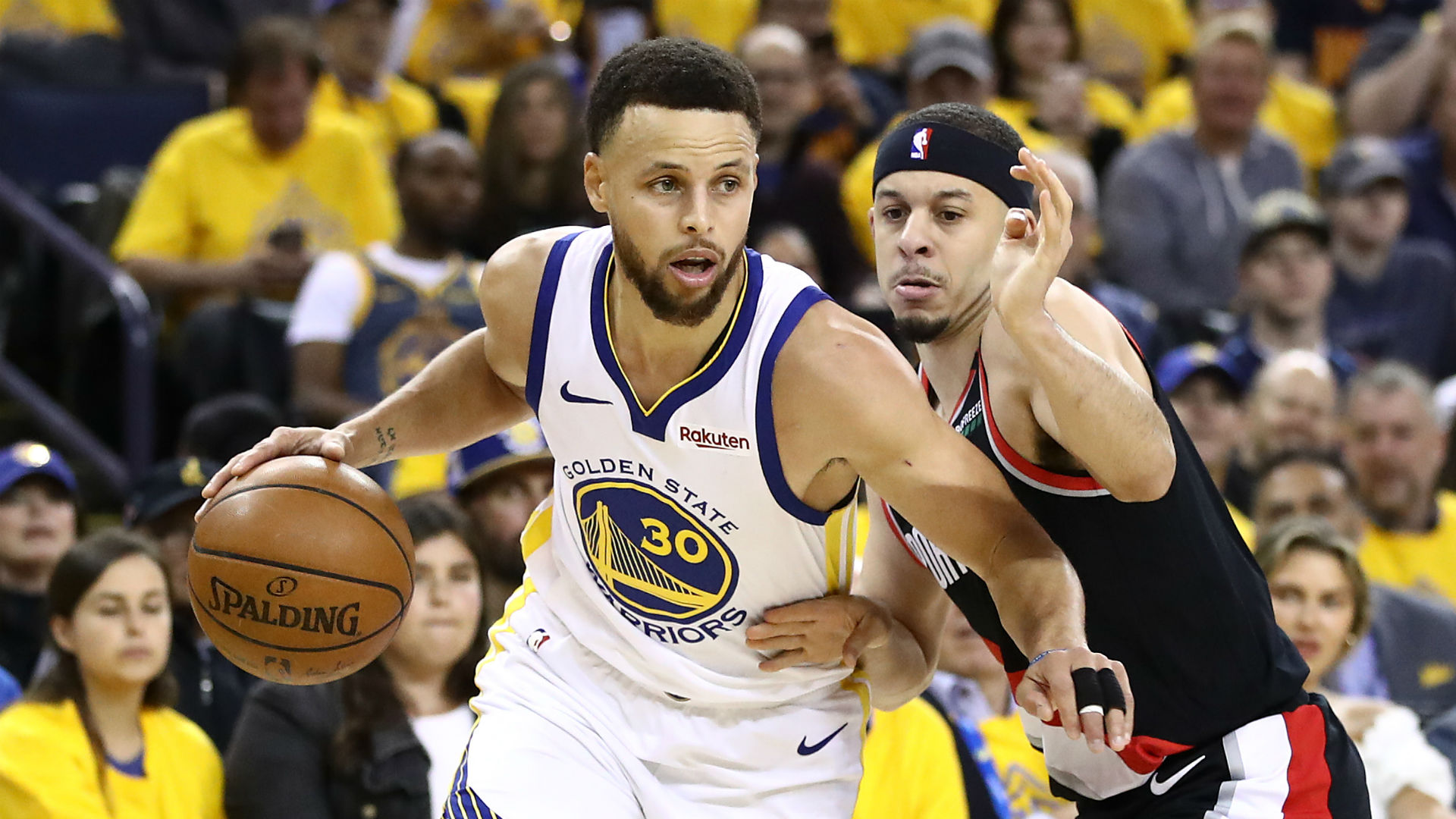 Stephen Curry led the Golden State Warriors to a comfortable win over the Portland Trail Blazers.