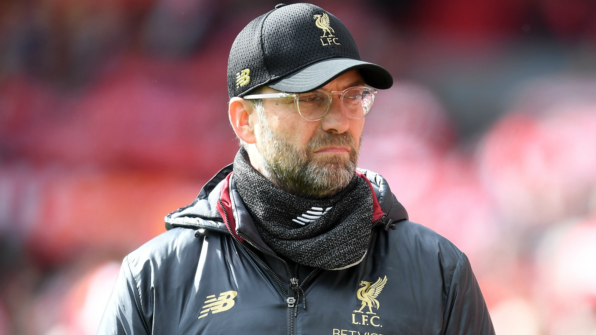 Jurgen Klopp is determined to keep Liverpool's Premier League title-chasing team together, instead of splashing the cash.