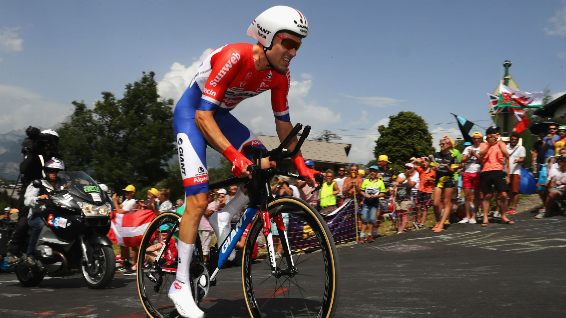 Team Sunweb have announced that Tom Dumoulin will miss the Tour de France, on the same day that Chris Froome left hospital.