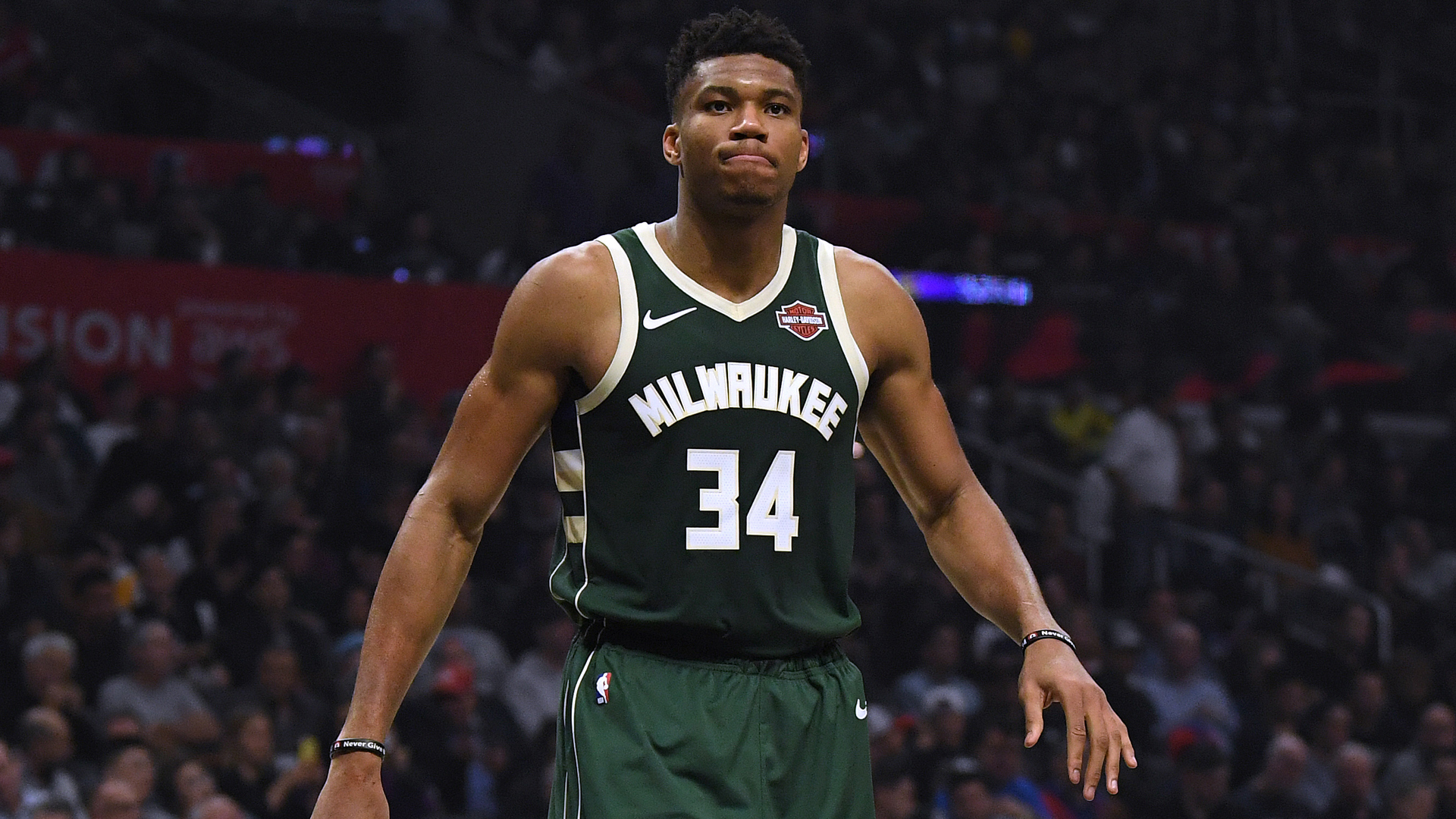 The Milwaukee Bucks beat the Brooklyn Nets 117-97 and the Los Angeles Lakers downed the Houston Rockets 124-115 on Saturday.