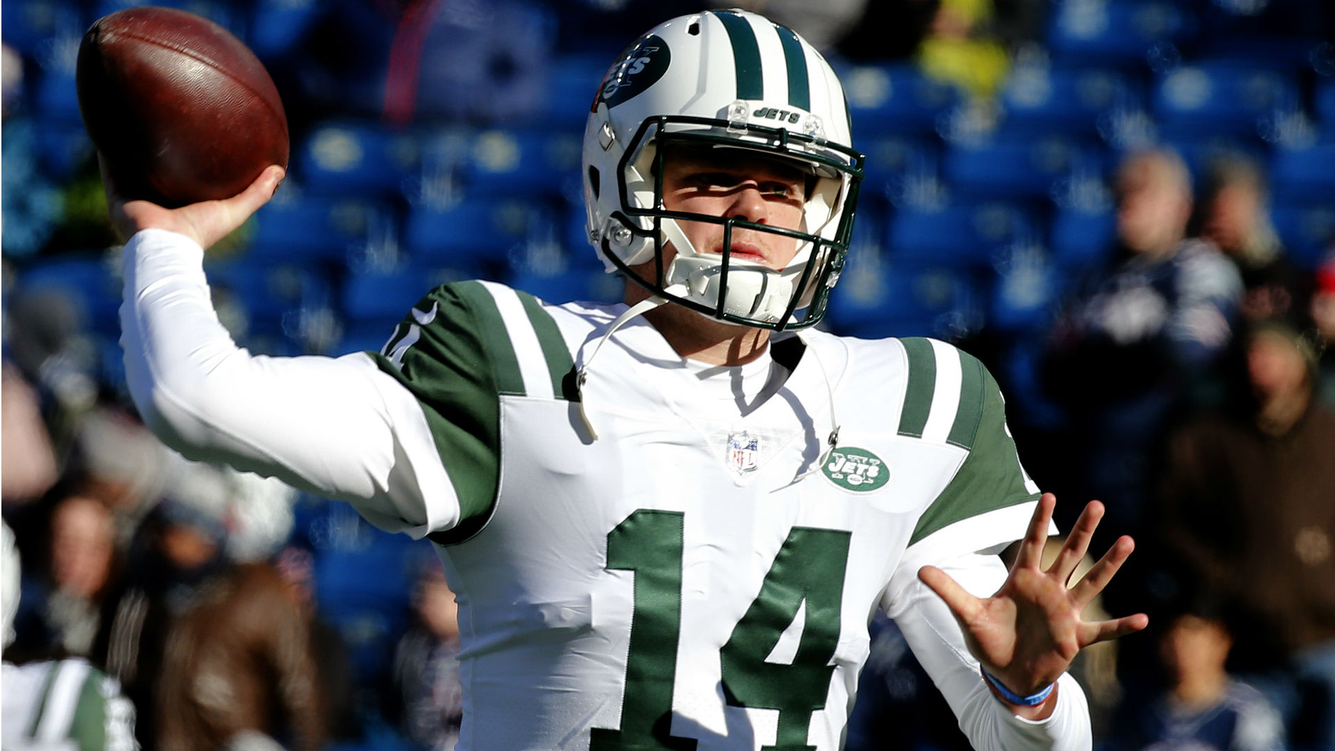 The New York Jets' signing of Le'Veon Bell pleased quarterback Sam Darnold.