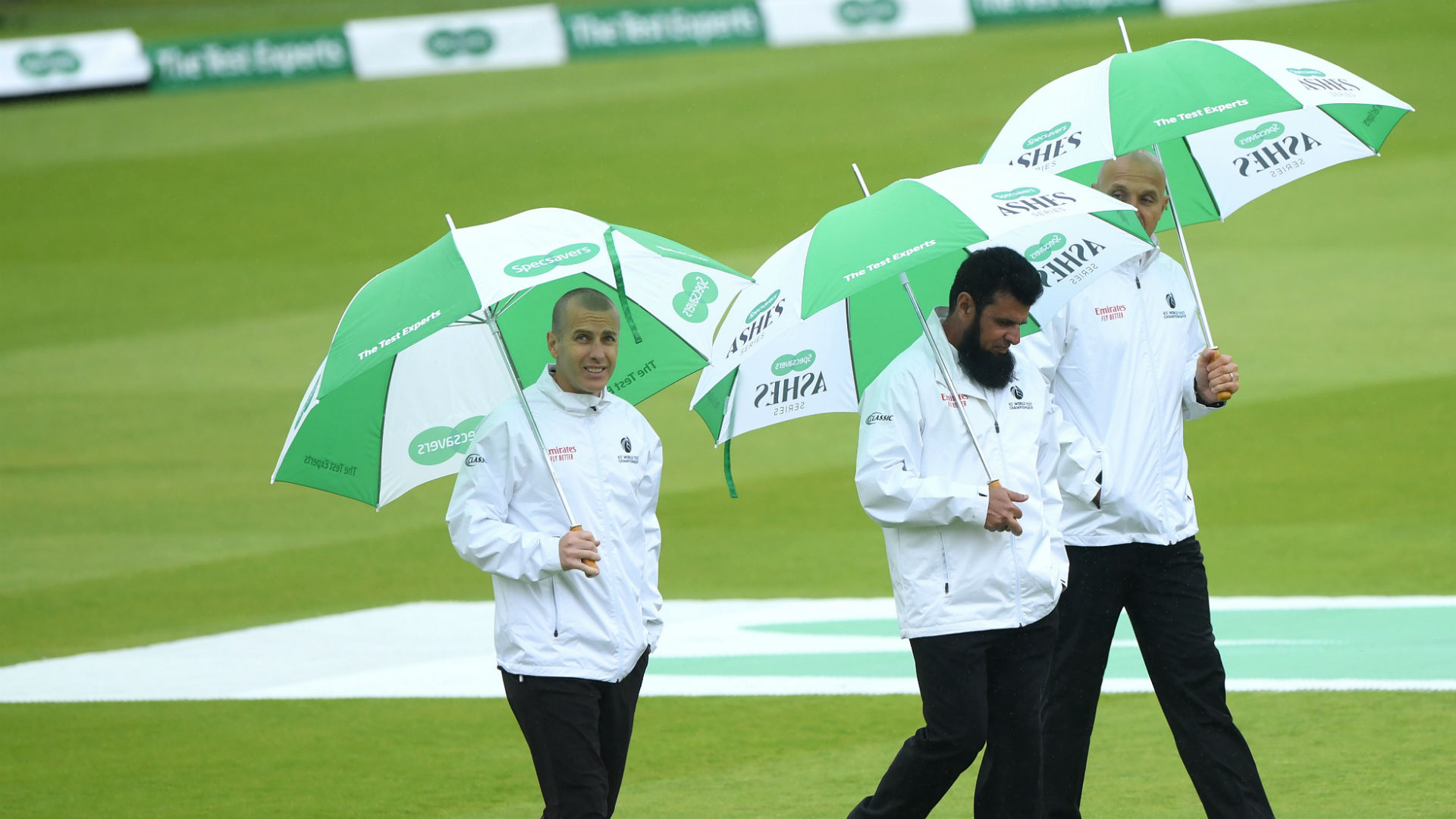 Persistent rain in London on Wednesday prevented England and Australia from starting the second Test at Lord's.