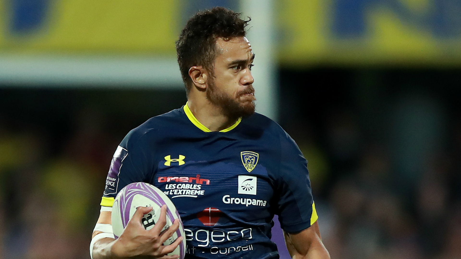 Clermont Auvergne are up and running in the Top 14 as Peter Betham inspired a 28-10 win over La Rochelle on Sunday.