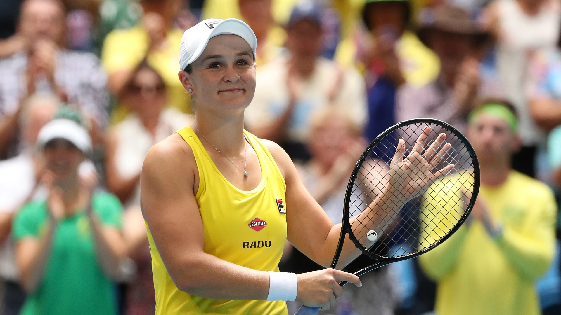 The first day of the Fed Cup final delivered two lopsided rubbers as Ashleigh Barty and Kristina Mladenovic shone in the Perth sunshine.