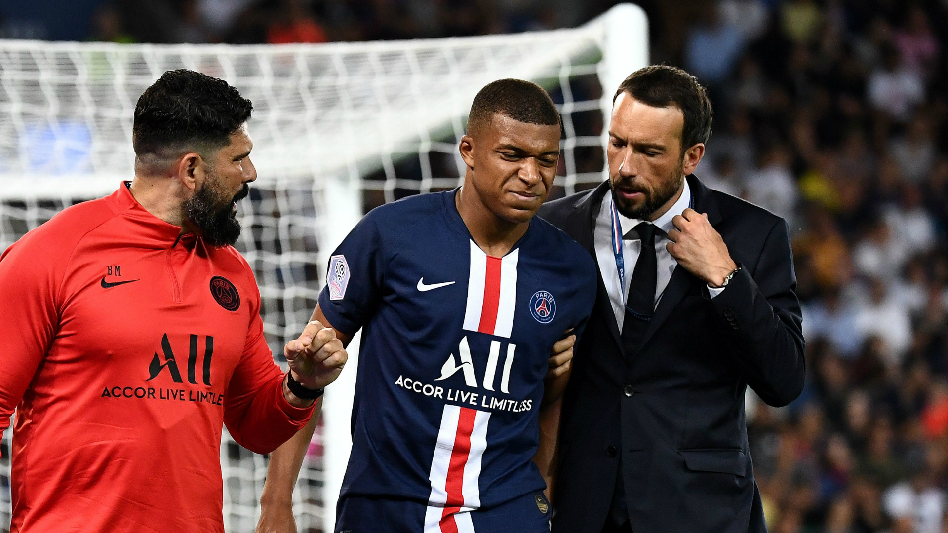 Neymar's future remains unresolved but injuries to Edinson Cavani and Kylian Mbappe could affect PSG's decision.