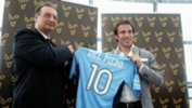 Alessandro Del Piero with Sydney FC CEO Tony Pignata on the day he signed with the Sky Blues back in 2012.
