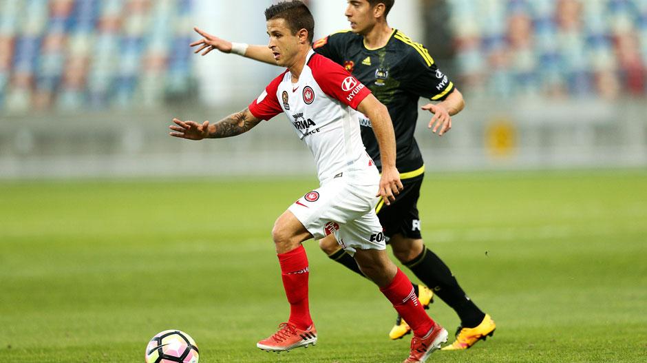 Midfield: Nico Martinez (Wanderers)