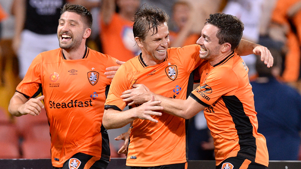 Brett Holman came off the bench to hand Brisbane Roar a 2-1 win over Western Sydney.