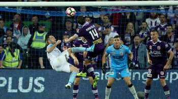 Gallery: Glory stun City to book Sydney date