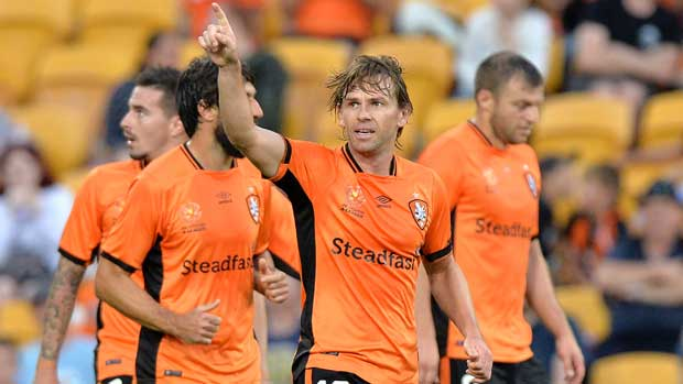 Brett Holman salutes the crowd after scoring his stunning goal against Phoenix on Sunday.