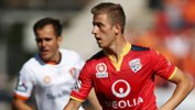 Adelaide United playmaker Stefan Mauk has received some huge praise from former Socceroo Harry Kewell.