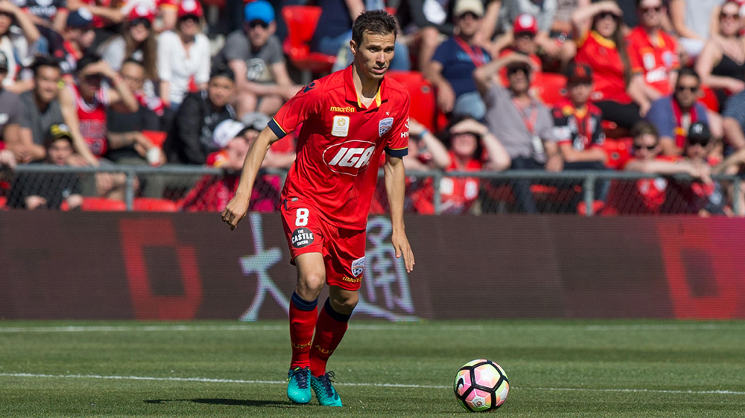 Isaías has agreed to a new three-year contract extension with Adelaide United.