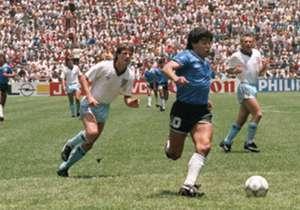 Un repaso por los diferentes modelos, de 1986 hasta la que estrenó ante El Salvador. 1986: una imagen mítica de Maradona y su golazo ante Inglaterra.