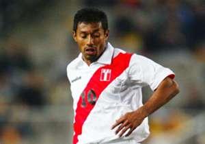 1) Roberto Palacios: 128 partidos jugados en 20 años (1992-2012) con la Bicolor.