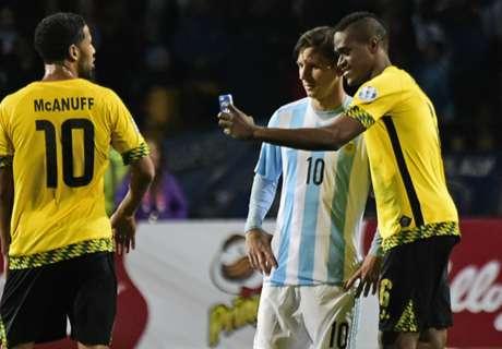 A selfie de Messi dentro de campo