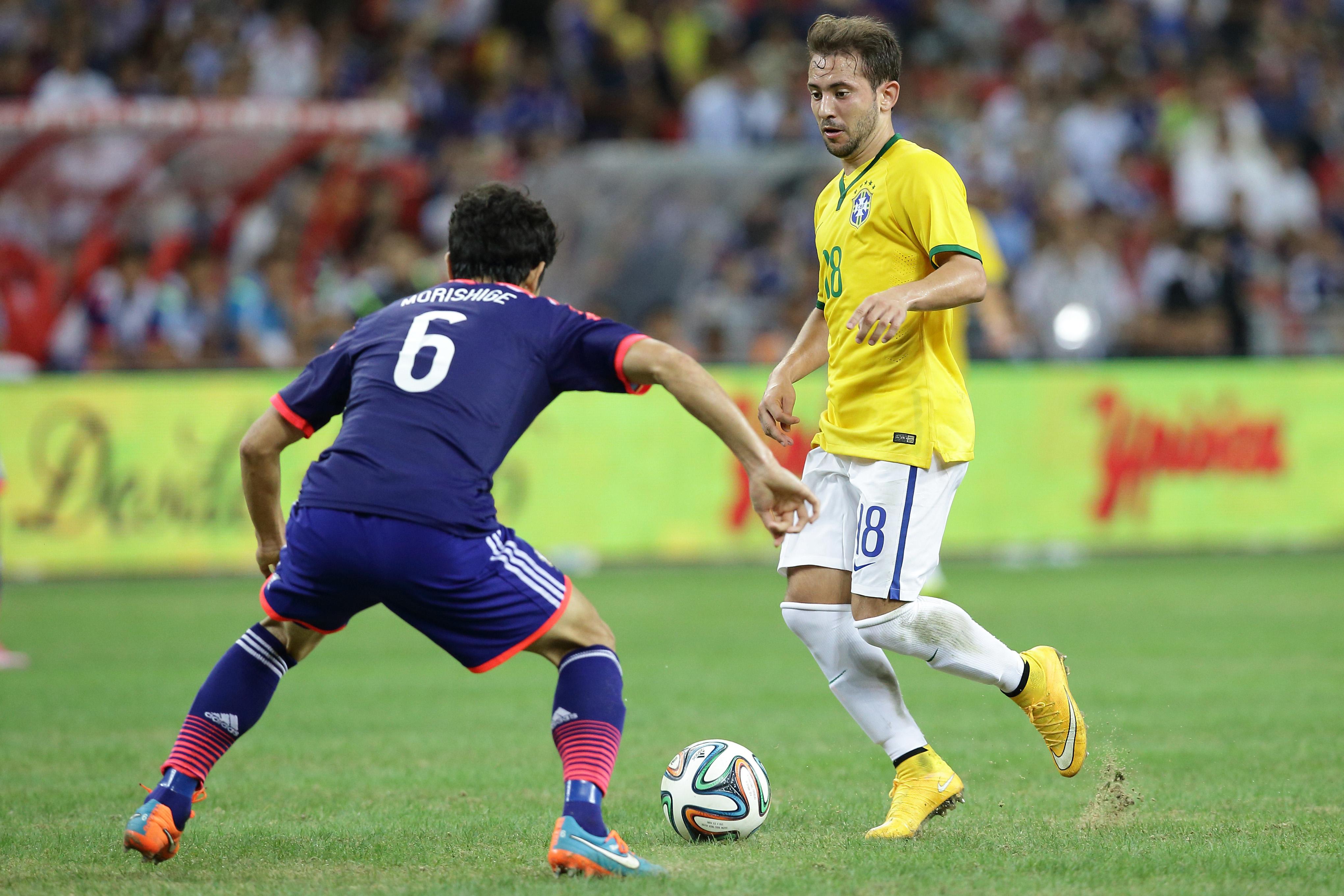 Everton Ribeiro seleção header