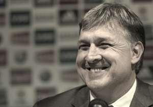 El entrenador de la Selección argentina hizo el recorte de siete nombres y ya confirmó a los 23 convocados de cara al certamen continental que se jugará en Chile.