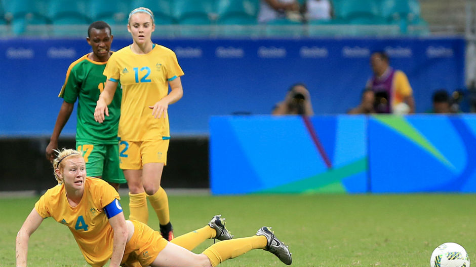 Youngster Ellie Carpenter made her Games debut off the bench as the Aussies went in search of more goals.
