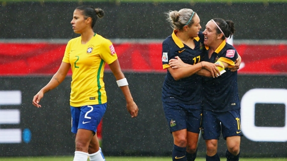 Kyah Simon fired home a late goal which proved to be the winner when the Matildas beat Brazil at the World Cup in Canada.