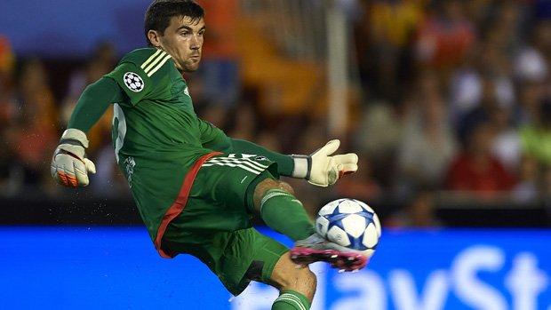 Mat Ryan kept a clean sheet in Valencia's 3-0 win over Granada.