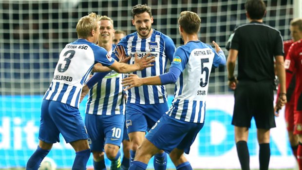 Caltex Socceroo Mathew Leckie scored his fourth goal of the Bundesliga season for Hertha Berlin in their win over Bayer Leverkusen.