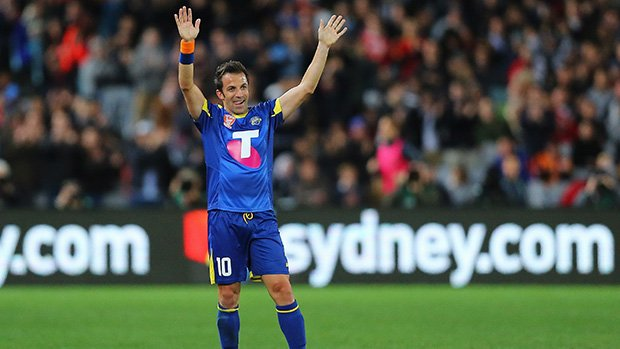 Alessandro Del Piero waves goodbye to the crowd at ANZ Stadium after being substituted.